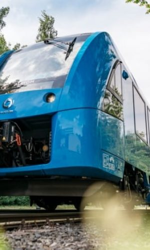 hydrogen powered train quebec